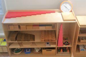 Montessori-Material für Sinnesübungen - international bilingual montessori school - Frankfurt