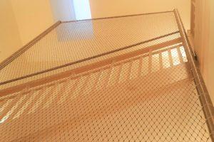 Sicherheit im Treppenhaus - Internationale Bilinguale Montessori Schule in Frankfurt
